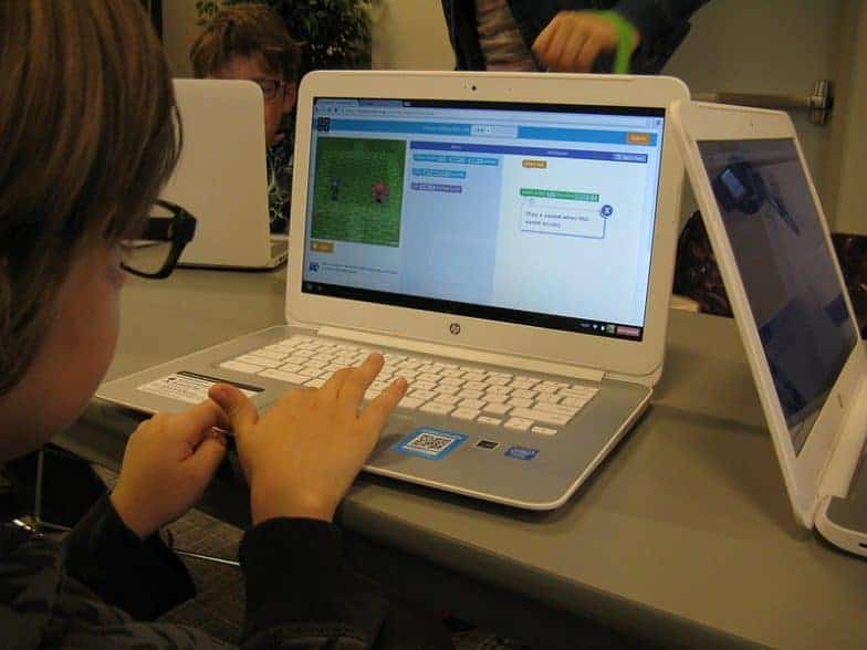 10 Websites young people can use to learn anything online