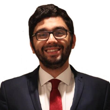 An interview with one of our volunteer online tutors – Arash Khosravi